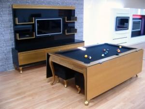 Обеденный стол для игры в бильярд