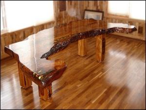 Реликтовый стол Ancient Kauri Table